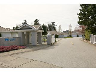 "Photo 3: 108 15501 89A Avenue in Surrey: Fleetwood Tynehead Townhouse for sale in ""AVONDALE"" : MLS®# F1409479"