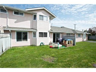 "Photo 16: 108 15501 89A Avenue in Surrey: Fleetwood Tynehead Townhouse for sale in ""AVONDALE"" : MLS®# F1409479"