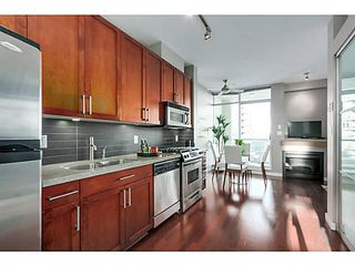 "Photo 4: 506 2055 YUKON Street in Vancouver: False Creek Condo for sale in ""Montreux"" (Vancouver West)  : MLS®# V1100779"
