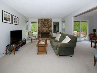 """Photo 2: 5169 WALLACE Avenue in Tsawwassen: Pebble Hill House for sale in """"DEERFIELD"""" : MLS®# V1101570"""