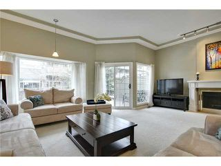Photo 5: 212 4037 42 Street NW in Calgary: Varsity Village House for sale : MLS®# C3653809