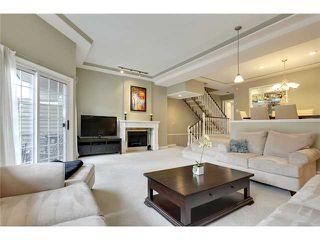 Photo 6: 212 4037 42 Street NW in Calgary: Varsity Village House for sale : MLS®# C3653809