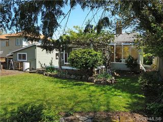 Photo 16: 2844 Wyndeatt Ave in VICTORIA: SW Gorge Single Family Detached for sale (Saanich West)  : MLS®# 699999