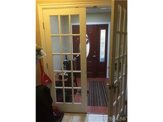 Photo 11: 3057 Washington Ave in VICTORIA: Vi Burnside House for sale (Victoria)  : MLS®# 702039