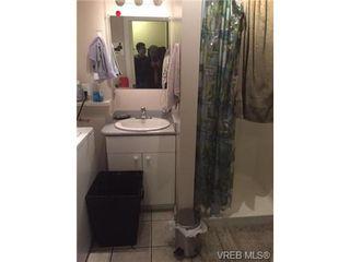Photo 7: 3057 Washington Ave in VICTORIA: Vi Burnside House for sale (Victoria)  : MLS®# 702039