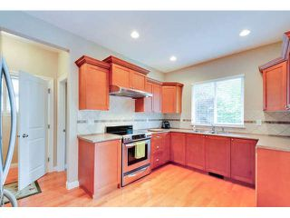 """Photo 7: 3324 148A Street in Surrey: King George Corridor House for sale in """"Maple Wynd"""" (South Surrey White Rock)  : MLS®# F1442937"""
