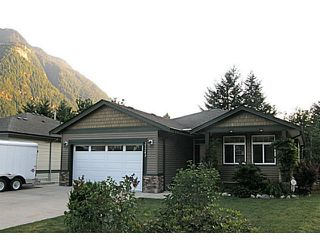 Photo 1: 21243 KETTLE VALLEY Place in Hope: Hope Kawkawa Lake House for sale : MLS®# H2152269