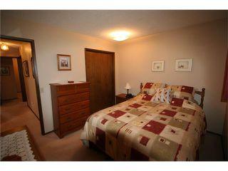 Photo 9: 421 HUNTINGTON Way NE in Calgary: Huntington Hills House for sale : MLS®# C4034997