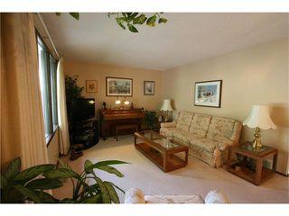 Photo 6: 421 HUNTINGTON Way NE in Calgary: Huntington Hills House for sale : MLS®# C4034997