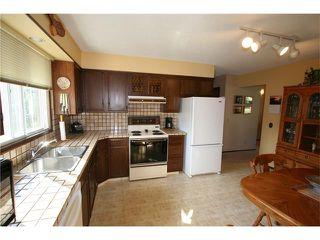 Photo 15: 421 HUNTINGTON Way NE in Calgary: Huntington Hills House for sale : MLS®# C4034997