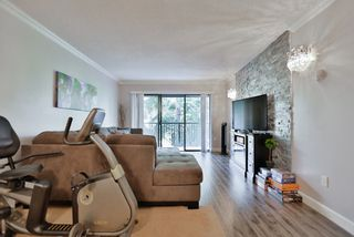 "Photo 2: 207 8840 NO 1 Road in Richmond: Boyd Park Condo for sale in ""APPLE GREEN PARK"" : MLS®# R2011105"