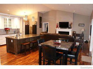 Photo 3: 25 LEIBEL Bay: Balgonie Single Family Dwelling for sale (Regina NE)  : MLS®# 557886