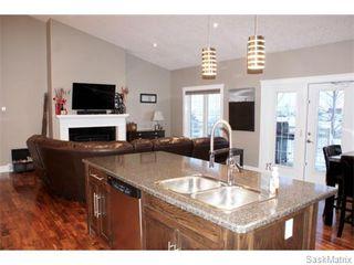 Photo 2: 25 LEIBEL Bay: Balgonie Single Family Dwelling for sale (Regina NE)  : MLS®# 557886