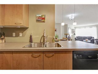 Photo 11: 216 5115 RICHARD Road SW in Calgary: Lincoln Park Condo for sale : MLS®# C4049301