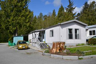 "Main Photo: 1 5575 MASON Road in Sechelt: Sechelt District Manufactured Home for sale in ""Mason Road Mobile Home Community"" (Sunshine Coast)  : MLS®# R2053291"