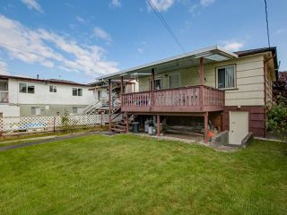 Photo 13: 3232 NAPIER Street in Vancouver: Renfrew VE House for sale (Vancouver East)  : MLS®# R2072671