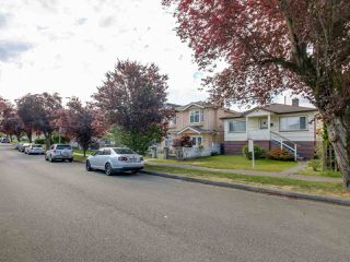 Photo 8: 3232 NAPIER Street in Vancouver: Renfrew VE House for sale (Vancouver East)  : MLS®# R2072671