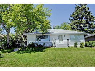 Photo 1: 4320 19 Avenue SW in Calgary: Glendale House for sale : MLS®# C4067153