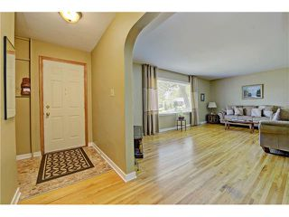 Photo 2: 4320 19 Avenue SW in Calgary: Glendale House for sale : MLS®# C4067153