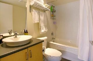 "Photo 7: 907 155 W 1ST Street in North Vancouver: Lower Lonsdale Condo for sale in ""Time"" : MLS®# R2086762"