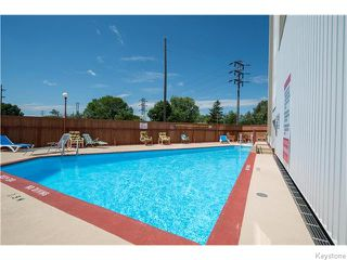 Photo 4: 1305 Grant Avenue in Winnipeg: River Heights / Tuxedo / Linden Woods Condominium for sale (South Winnipeg)  : MLS®# 1618343