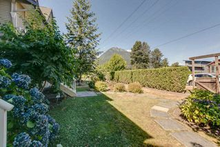 "Photo 28: 10 1800 MAMQUAM Road in Squamish: Garibaldi Estates Townhouse for sale in ""Viressence"" : MLS®# R2102551"