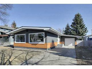 Photo 1: 38 WESTWOOD Drive SW in Calgary: Bungalow for sale : MLS®# C3560165