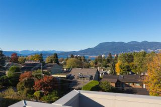 Photo 3: 4410 W 2ND Avenue in Vancouver: Point Grey House for sale (Vancouver West)  : MLS®# R2116912
