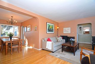 Photo 3: 755 E 12TH Street in North Vancouver: Boulevard House for sale : MLS®# R2120802