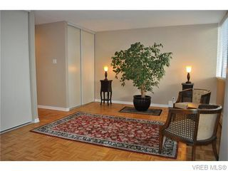 Photo 3: 907 647 Michigan St in VICTORIA: Vi James Bay Condo for sale (Victoria)  : MLS®# 745835