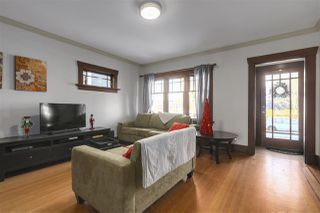 Photo 2: 642 W 20TH Avenue in Vancouver: Cambie House for sale (Vancouver West)  : MLS®# R2126968
