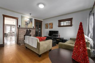 Photo 3: 642 W 20TH Avenue in Vancouver: Cambie House for sale (Vancouver West)  : MLS®# R2126968
