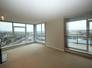 """Photo 2: 2503 2225 HOLDOM Avenue in Burnaby: Central BN Condo for sale in """"LEGACY TOWER 1"""" (Burnaby North)  : MLS®# R2131531"""