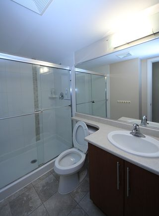 """Photo 10: 2503 2225 HOLDOM Avenue in Burnaby: Central BN Condo for sale in """"LEGACY TOWER 1"""" (Burnaby North)  : MLS®# R2131531"""