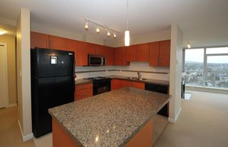 """Photo 4: 2503 2225 HOLDOM Avenue in Burnaby: Central BN Condo for sale in """"LEGACY TOWER 1"""" (Burnaby North)  : MLS®# R2131531"""