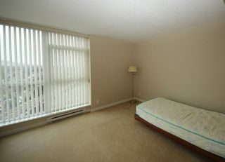 """Photo 6: 2503 2225 HOLDOM Avenue in Burnaby: Central BN Condo for sale in """"LEGACY TOWER 1"""" (Burnaby North)  : MLS®# R2131531"""