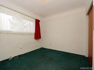 Photo 11: 1740 Mortimer St in VICTORIA: SE Mt Tolmie House for sale (Saanich East)  : MLS®# 750626