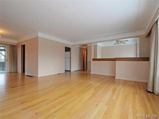 Photo 3: 1740 Mortimer St in VICTORIA: SE Mt Tolmie House for sale (Saanich East)  : MLS®# 750626