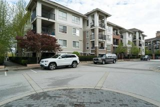 """Photo 15: D407 8929 202 Street in Langley: Walnut Grove Condo for sale in """"THE GROVE"""" : MLS®# R2160183"""
