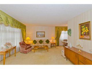 Photo 12: 963 Rundlecairn Way NE in Calgary: Rundle House for sale : MLS®# C4112829