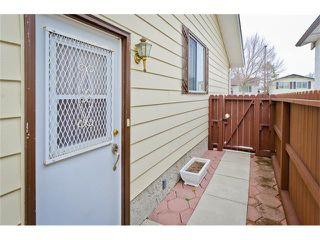 Photo 8: 963 Rundlecairn Way NE in Calgary: Rundle House for sale : MLS®# C4112829