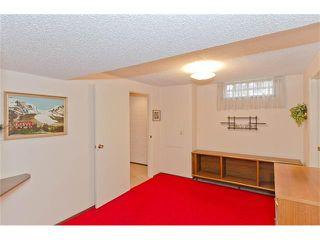 Photo 45: 963 Rundlecairn Way NE in Calgary: Rundle House for sale : MLS®# C4112829