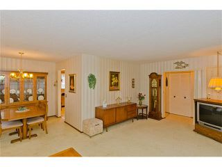 Photo 15: 963 Rundlecairn Way NE in Calgary: Rundle House for sale : MLS®# C4112829