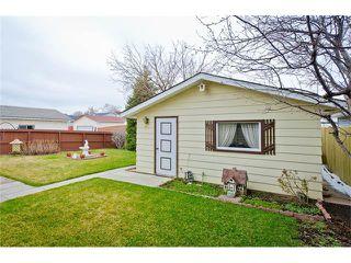 Photo 6: 963 Rundlecairn Way NE in Calgary: Rundle House for sale : MLS®# C4112829