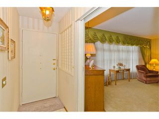Photo 10: 963 Rundlecairn Way NE in Calgary: Rundle House for sale : MLS®# C4112829