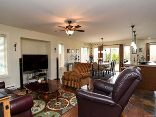 Photo 4: 2846 BRYDEN PLACE in COURTENAY: CV Courtenay East House for sale (Comox Valley)  : MLS®# 757597