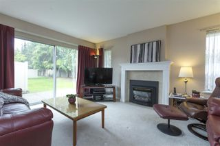 """Photo 2: 75 5550 LANGLEY Bypass in Langley: Salmon River Townhouse for sale in """"Riverwynde"""" : MLS®# R2164746"""