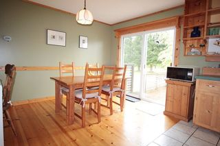 """Photo 5: 24277 58 Avenue in Langley: Salmon River House for sale in """"Strawberry Hills"""" : MLS®# R2166829"""
