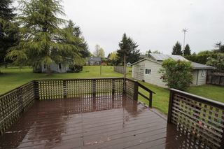 "Photo 11: 24277 58 Avenue in Langley: Salmon River House for sale in ""Strawberry Hills"" : MLS®# R2166829"