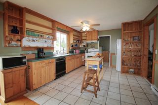 "Photo 4: 24277 58 Avenue in Langley: Salmon River House for sale in ""Strawberry Hills"" : MLS®# R2166829"